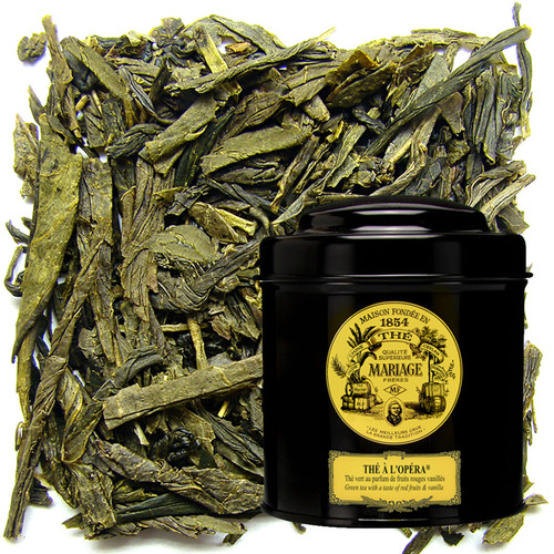 Green tea enhanced with the subtle fragrance of red berries and precious spices.
