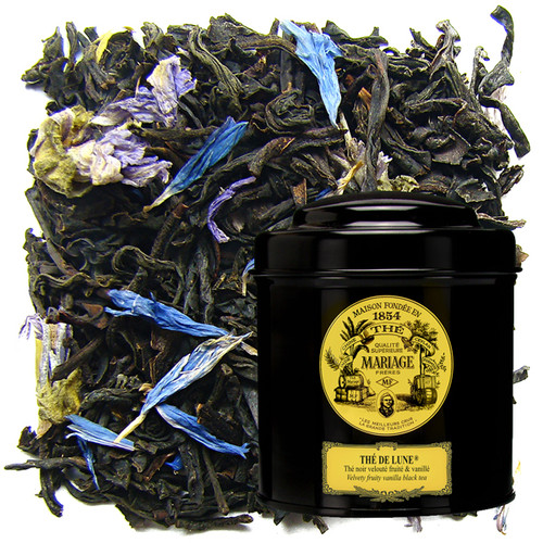 A black tea with handsome, finely worked leaves is blended with a grand bouquet of fruity, flowery, vanilla flavours.   The tea has contrasting overtones-simultaneously mild and perfumed, smooth and very slightly peppery.