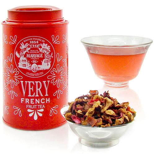 A brand new, 100%-original line from Mariage Frères.   The «Very» collection is a line of 'fruit teas' composed from highly select fruit. Veritable odes to nature and flavour, they should be steeped like tea, hot or cold.   With this new «VERY FRENCH», discover sweet scents of vanilla and caramel, pieces of apple, flowers of eglantine and hibiscus, macadamia nuts.
