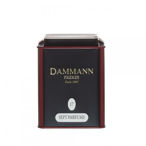 This delicious blend of black teas includes floral and fruity flavours of orange peels scented with lemon essential oil and the aromas of bergamot, fresh fig, lotus flower and pitanga. A subtle scented tea with incredible flavour. Packed in metal box. Net weight: 100 g / 3,52 oz  Dominant note: Citrus fruits Note(s) secondaire(s) : Orchard fruits Type(s) of tea: Black Tea Main flavour: Lemon Complementary flavour(s): Bergamot, Apricot, Fig