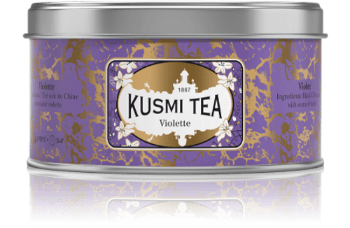 BLACK TEA FROM CHINA WITH VIOLET Black tea from China flavoured with violet will delight those who love a floral taste. It's perfect for a pleasant afternoon break.  Infusion time 3-4 min  Infusion temperature 85-90°C  INGREDIENTS  Black tea  Flavouring