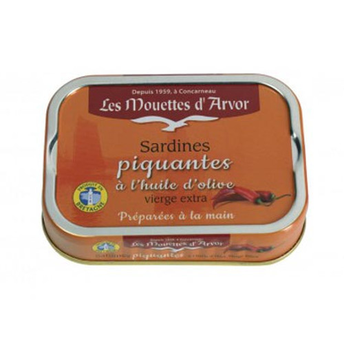 Les Mouettes d'Arvor Sardines in extra virgin olive oil and chili (pili pili)