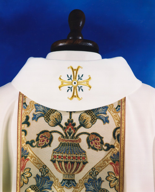 #850 Banded Celebrants Chasuble | Roll Collar | Wool/Gold