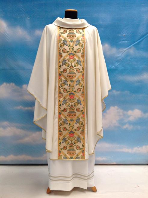 #850 Coronation Celebrants Chasuble | Roll Collar | Wool/Gold