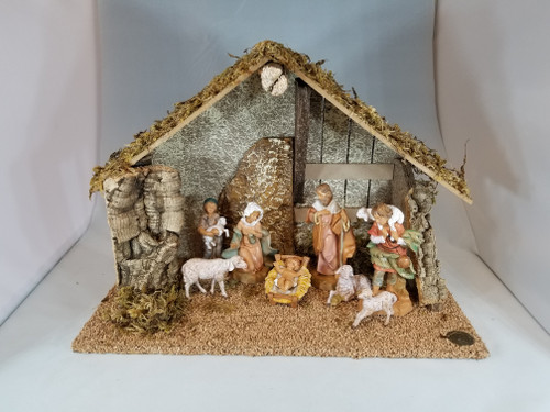 "5"" Italian Fontanini Nativity Full Set | 8 Pieces | Wood Stable"