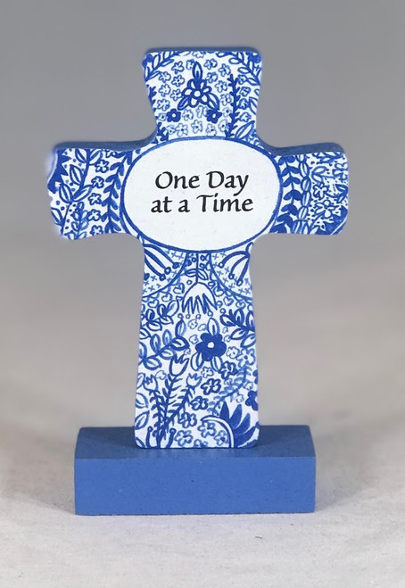 "4"" One Day At A Time Standing Cross"