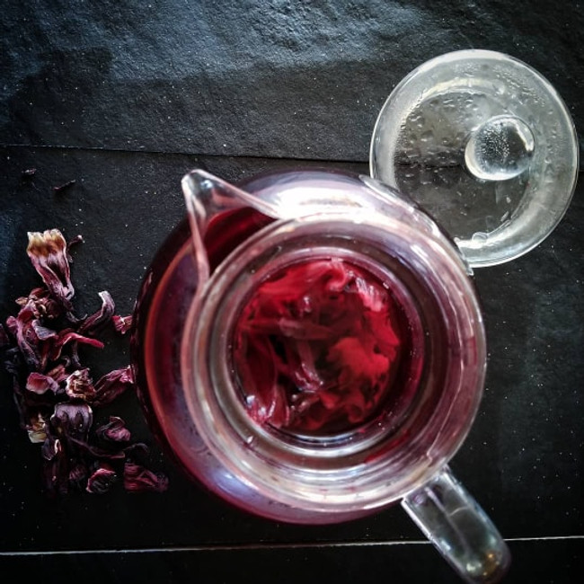 Top 11 Surprising Benefits of Hibiscus Tea