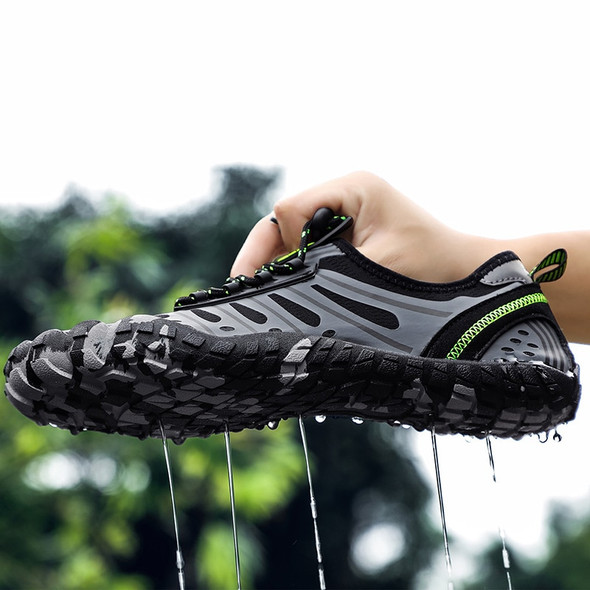 Breathable Quick-Dry Athletic Sneakers