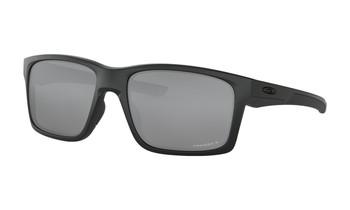 Oakley Mainlink Sunglasses - Matte Black / Prizm Black Polarised Angled