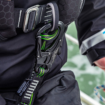Crewsaver Crewfit Pro + 180N Lifejacket Auto -Harness - Light -Hood