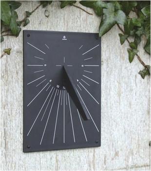 A Short Walk Sundial