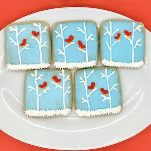 Winter Cardinal Cookies