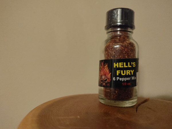 10 grams Hell's Fury 6 pepper mix.