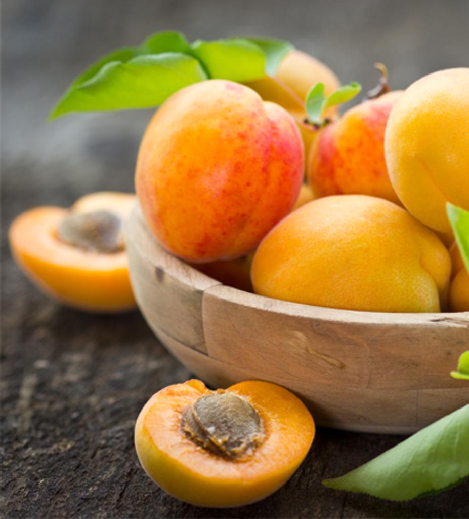 Iroha Nature Cleansing Soft Scrub Apricot Exfoliater 25g