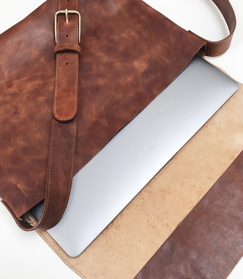 Leith Leather Messenger Bag · LEITH RUGBY LEATHER MESSENGER BAG ... 3cd4d17d9a823