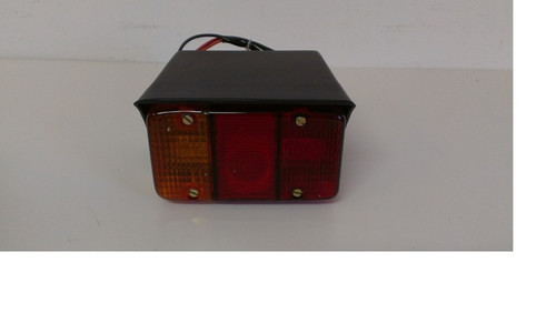 LAMP  THREE IN ONE L.H. WITH HOUSING MAHINDRA 005559235B91