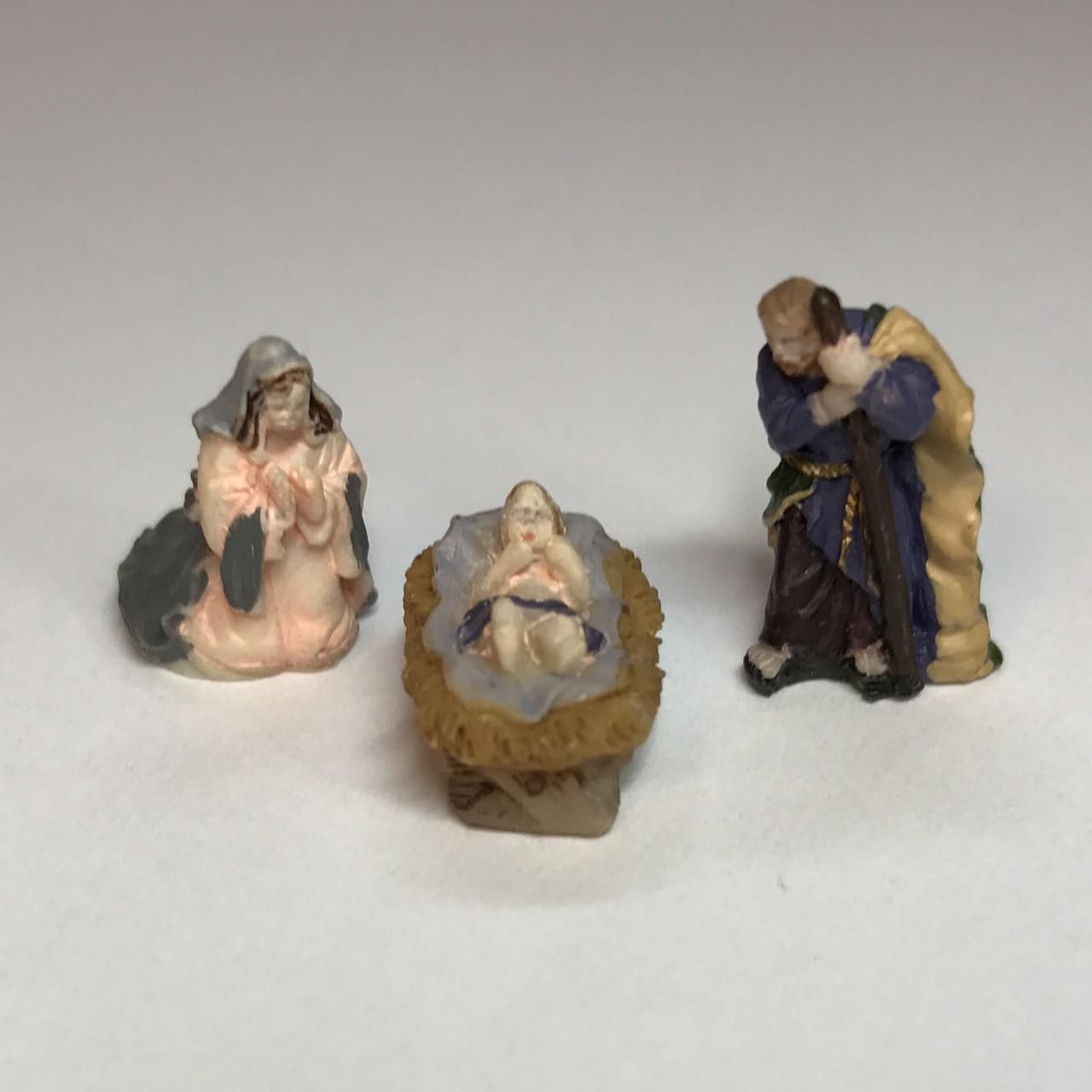 alternate image of miniature nativity