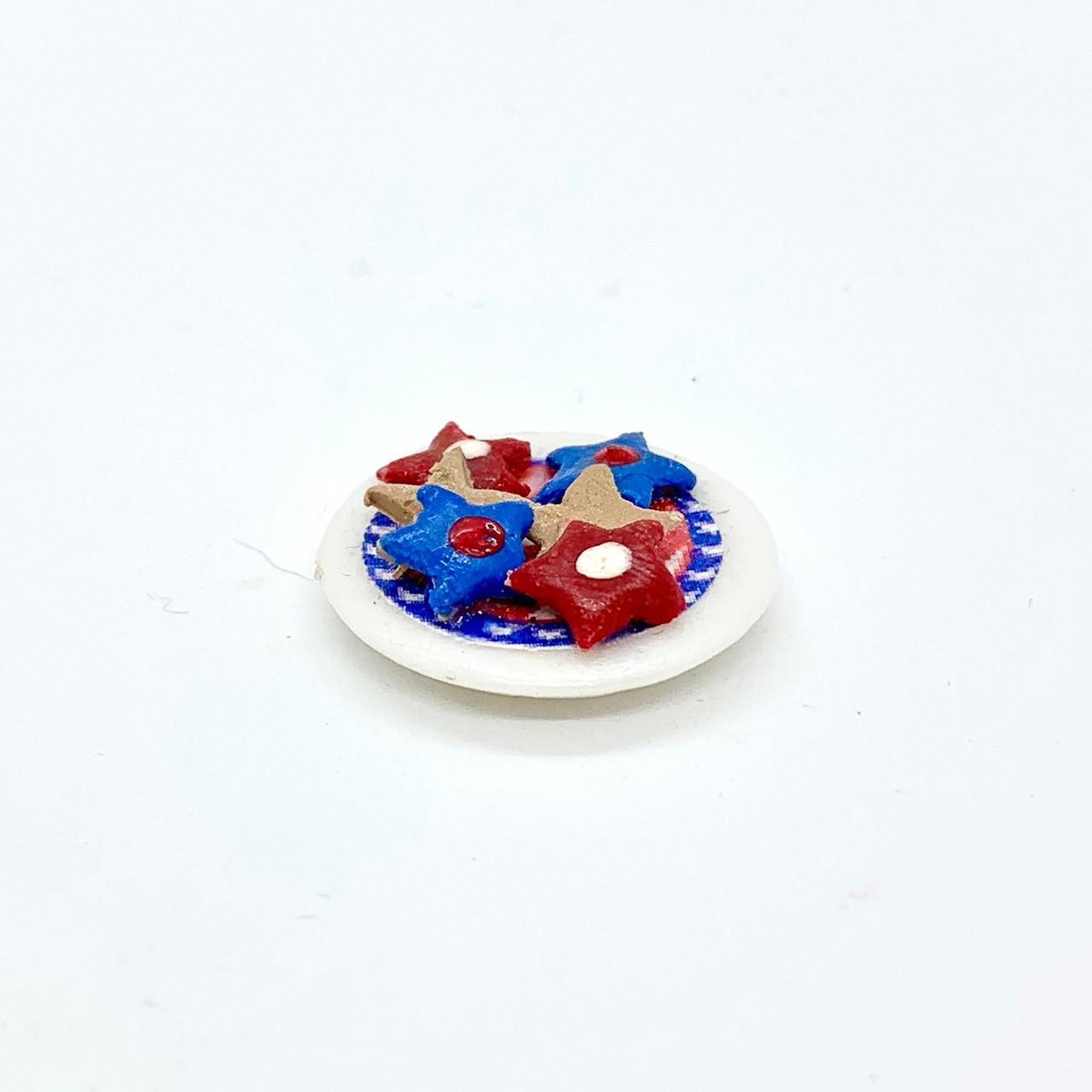 Plate of Dollhouse Miniature Patriotic Cookies (RND178)