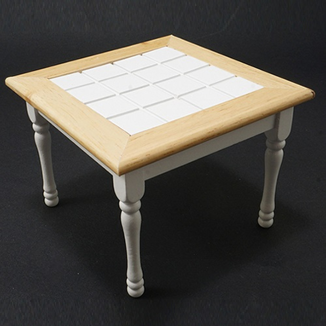 Table, Oak and White (CLA10218); top view