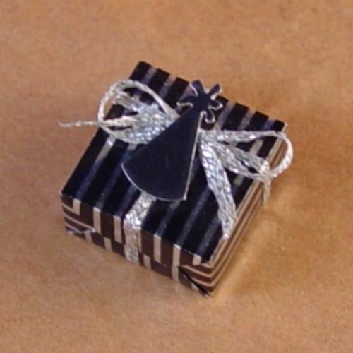 Black & Silver Gift (TLT4E)