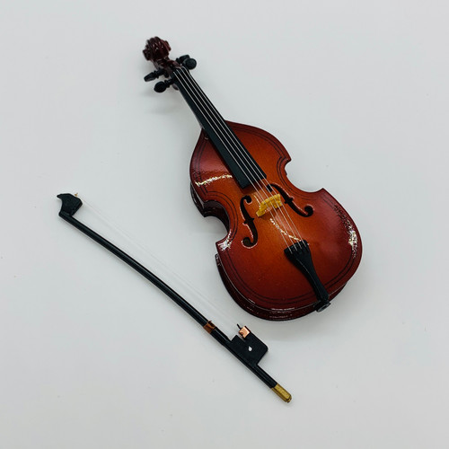 Bass with Bow(VMM502)