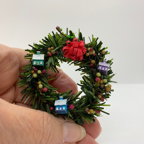 Dollhouse Miniature Large Wreath With Houses (UFN1142)