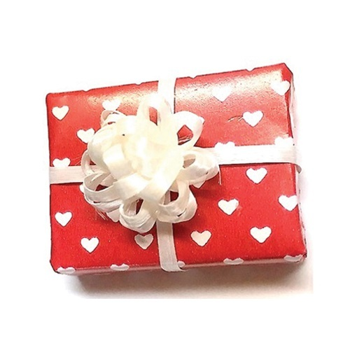 Dollhouse Miniature Valentine Gift Box (CLD607)