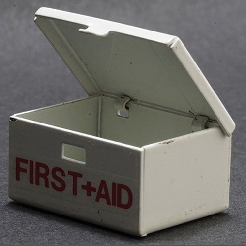 Dollhouse Miniature First Aid Kit (MUL2510); shown open