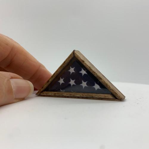 UFN1022W - American Flag Memorial Case