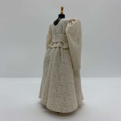 Country Dress on Mannequin (UFN2025)