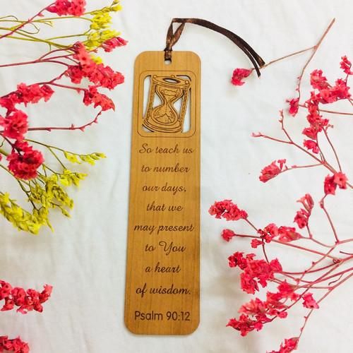 Bookmark Gỗ Lớn - Thi-thiên 90:12 Tiếng Anh - BM-GK-L-20