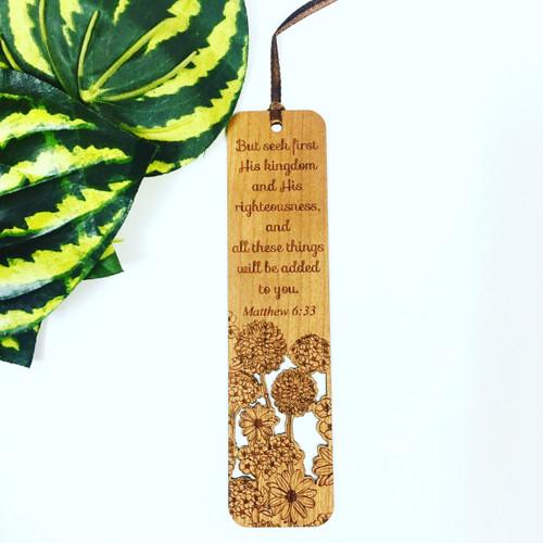Bookmark Gỗ Lớn - Ma-thi-ơ 6:33 Tiếng Anh - BM-1004