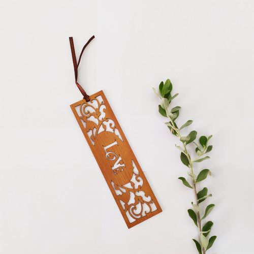 Bookmark Gỗ Rỗng Lớn - Love - BM-1087