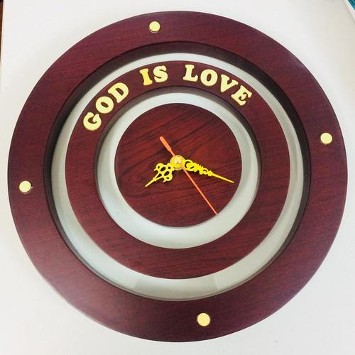 Đồng Hồ Gỗ Ba Vòng Tròn - God Is Love