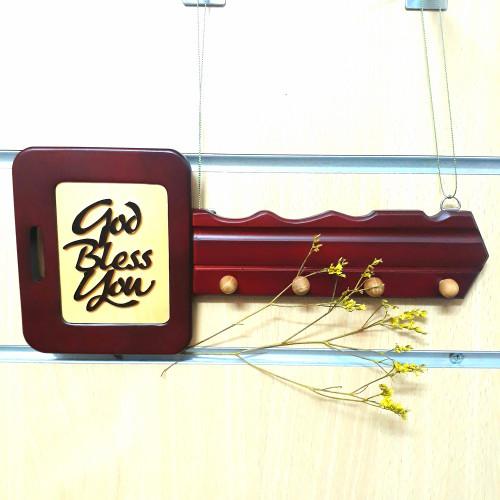 Gỗ trang trí treo tường - Chìa Khoá Vuông Chữ God Bless You - DG-01-05