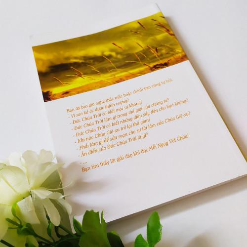 Sách Mỗi Ngày Với Chúa - KG-XT-48