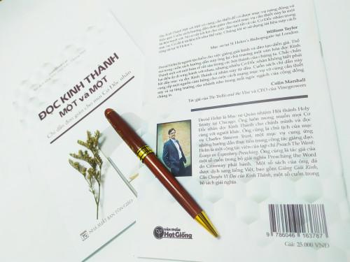 Sách Đọc Kinh Thánh Một Và Một - KG-VPHG-17