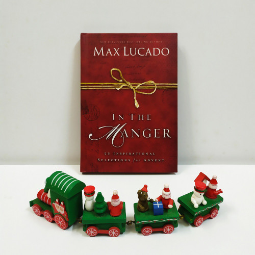 Sách In The Manger: 25 Inspirational Selections for Advent - Tiếng Anh - SA-1842
