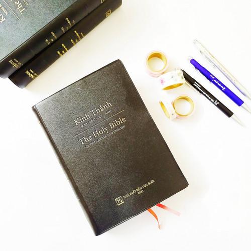 Kinh Thánh Song ngữ Việt Anh