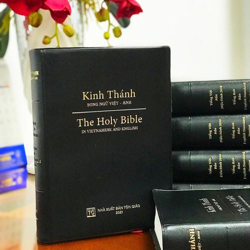 Kinh Thánh Song ngữ Anh Việt