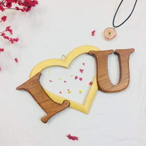 Gỗ trang trí treo tường - I Love U