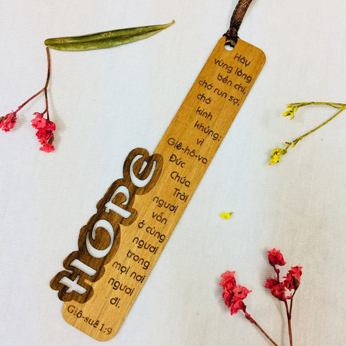 Bookmark Gỗ Nhỏ -  Hope - Giô-suê 1:9 - BM-GK-S-04