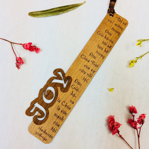 Bookmark Gỗ Nhỏ -  Joy - Ha-ba-cúc 3:18-19a - BM-GK-S-06