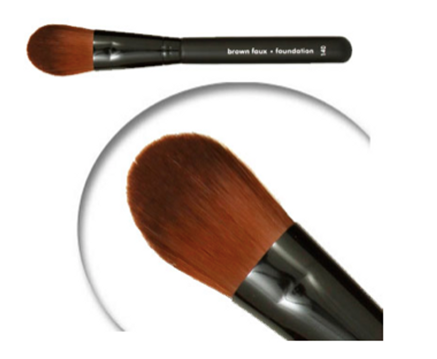 Cruelty Free Foundation brush perfect for applying powders, brushes and blending.