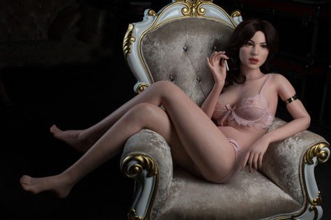 Gynoid Doll Callies 160cm Platinum Silicone Sex Doll Hyper Realistic Humanoid Robot