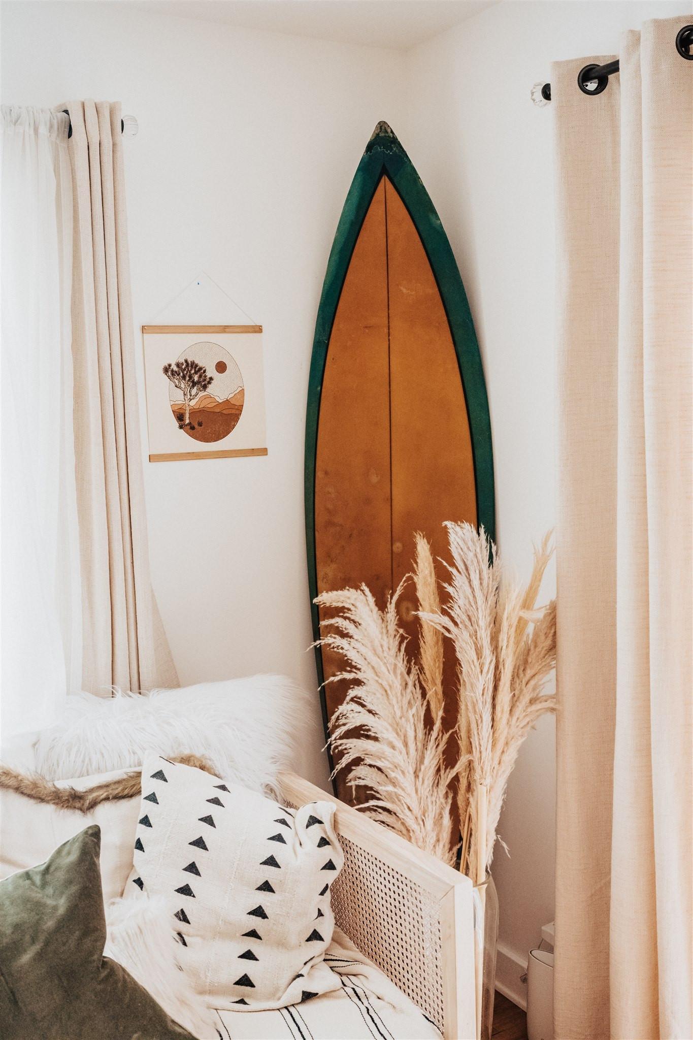 poster hanger bamboo wood