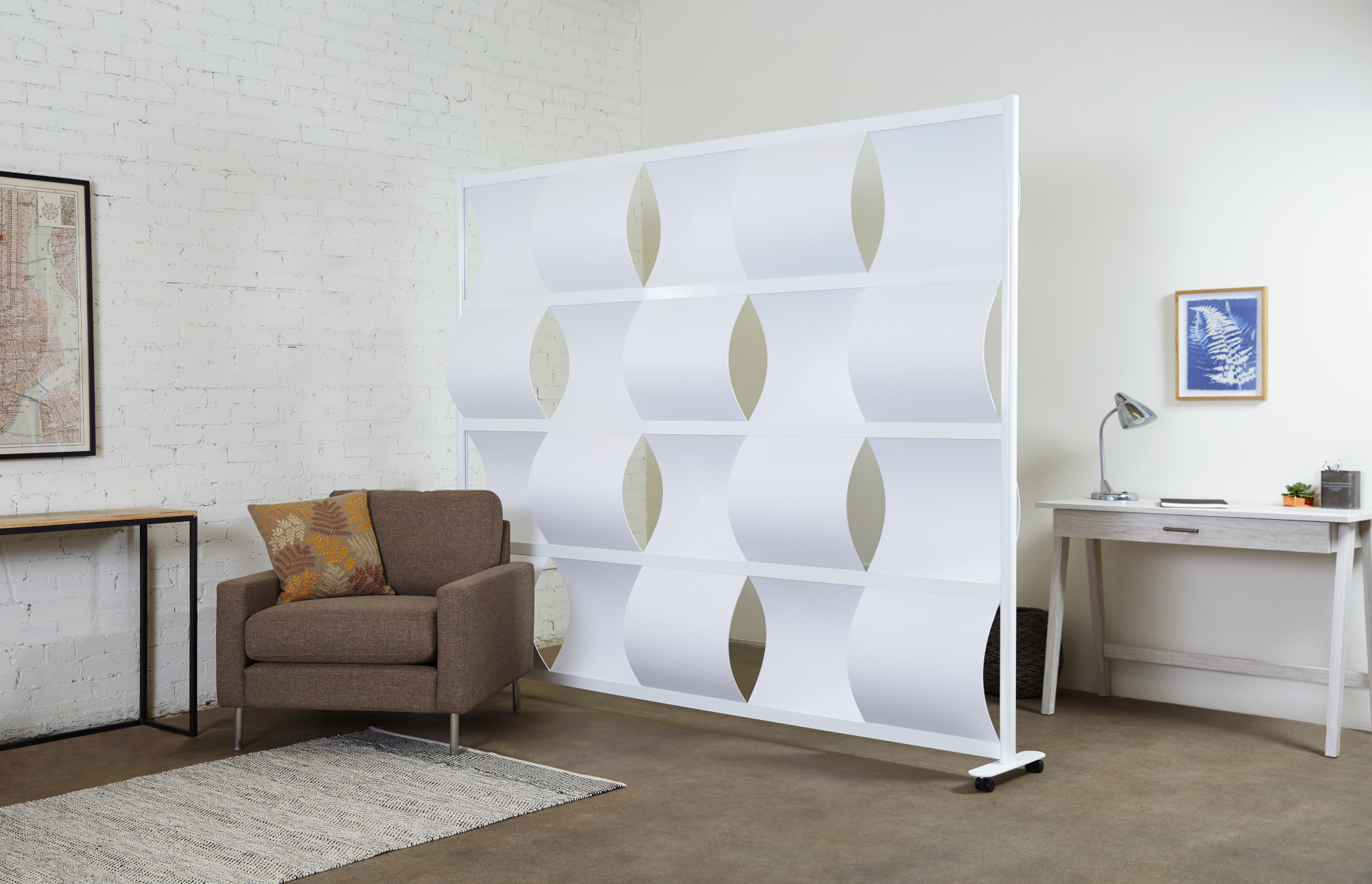 8-w-wave-white-powdercoat-caster-base-white-panels-environmentsm.jpg