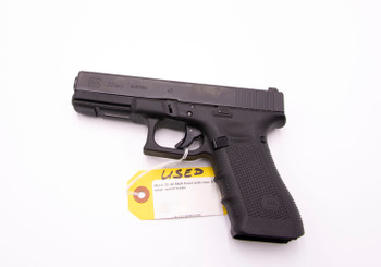 USED GUN: Glock 22, 40 S&W Pistol with case, 5 mags, speed loader