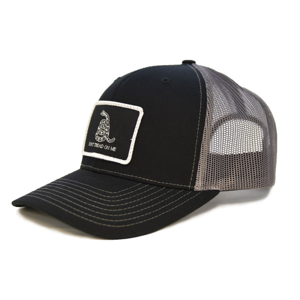 """WEBY Richardson Sports Hats Unisex Black and Charcoal Trucker Hat with """"Don't Tred on me"""" Motto, OSFA (HAT-112-CHR-DNTRED)"""