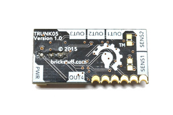 Brickstuff 4-Channel Infrared Control Module with Sensor and Adhesive Squares - TRUNK05-B